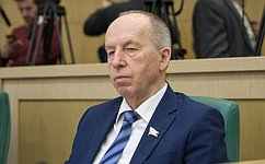 ВПослании Президент РФ предложил всеобъемлющую программу для успешного развития всей страны— Е.Алексеев