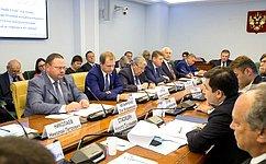 О. Мельниченко: Реализация проекта «Жилье игородская среда» нацелена наобеспечение интересов граждан страны