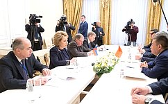 В.Матвиенко: Необходимо расширять взаимодействие парламентов России иКиргизии науровне комитетов