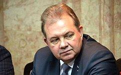 В.Павленко вручил «Севмашу» Почетную грамоту Совета Федерации