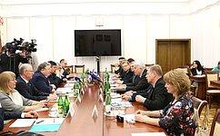 Н.Петрушкин встретился сфинской делегацией изрегиона Южная Карелия, прибывшей софициальным визитом вРеспублику Мордовия