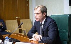 Комитет СФ поэкономической политике рекомендовал одобрить закон, касающийся сведений одолжниках иколлекторах