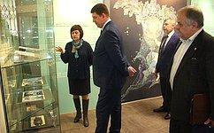 Я обязательно предложу Палех вкачестве одного изцентров проведения Года народного искусства— В.Смирнов