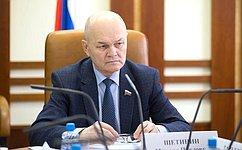 М. Щетинин: Необходима государственная поддержка мер, направленных насоздание нормального быта икачественных условий труда сельских жителей
