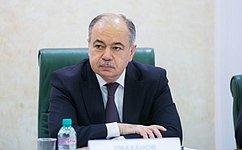 Необходимо информировать население ибизнес, какие возможности открылись перед ними после вступления всилу Договора оЕвразийском экономическом союзе– И. Умаханов