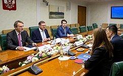 К. Косачев провел встречу сглавой представительства Управления Верховного Комиссара поделам беженцев ООН вРФ В.Нупеком