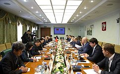 В. Рязанский: Опыт Китая вработе смолодежью представляет интерес