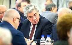 В. Бондарев: Научный потенциал предлагается направить нацели обороны