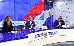 А. Климов: Временная комиссия СФ подготовила дополнительные предложения позаконодательному обеспечению российского суверенитета