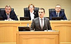 Д.Шатохин поздравил депутатов Государственного Совета Республики Коми с25-летием регионального парламента