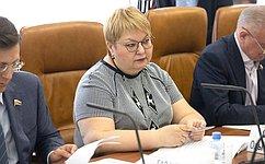 О.Старостина: Впроцессе реализации национальных проектов необходимо обеспечить тесное взаимодействие профильных министерств сорганами власти субъектов России