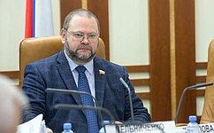О.Мельниченко: Законопроект оновых механизмах переселения граждан изаварийного жилищного фонда– важный идолгожданный