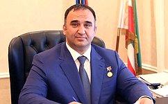 М.Ахмадов: Вновом учебном году все младшеклассники Чеченской Республики будут обеспечены горячим питанием