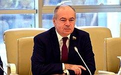 ВТашкенте открылась историко-документальная выставка «Россия иУзбекистан: 25 лет стратегического партнерства»
