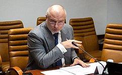 А. Клишас: Голосование попоправкам вКонституцию РФ организовано безопасно иссоблюдением всех санитарных норм