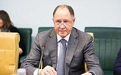 В.Абрамов: Мы должны помогать врешении проблем социально незащищенных категорий граждан