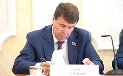 С.Цеков врамках работы врегионе провел прием граждан вСимферополе