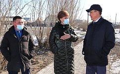 Т. Гигель посетила строительную площадку нового физкультурно-оздоровительного комплекса вКош-Агачском районе