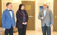 ВСовете Федерации состоялось открытие выставки работ художников Н.Бритовой иА.Захаренко