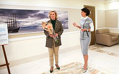 И.Святенко иМ.Павлова открыли вСовете Федерации выставку детских творческих работ