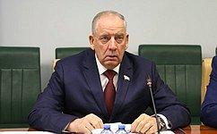 С. Митин: Совет Федерации добился изъятия изоборота питьевой воды, произведенной снарушением технического регламента