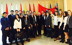 О.Тимофеева встретилась вСовете Федерации состудентами-международниками