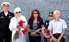О.Тимофеева приняла участие вмероприятиях, посвященных 75-й годовщине обороны Севастополя