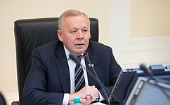 В. Шуба рассказал сотрудникам УВД Иркутской области оработе Совета Федерации порегулированию рынка алкогольной продукции