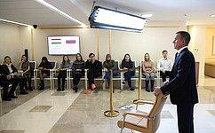 В. Кравченко: IT-сфере России необходимо более миллиона специалистов