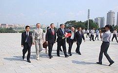 Е. Бушмин возглавил делегацию Совета Федерации наторжествах, приуроченных к70-летию освобождения КНДР