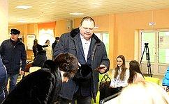 О. Мельниченко проголосовал навыборах Президента РФ насвоей малой родине вПензе