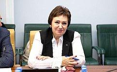 Е.Бибикова: Все предложения изамечания позаконопроекту опрофилактике семейно-бытового насилия будут обобщены до15декабря