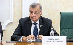 С. Жиряков: Совет Федерации предпринимает меры поснижению тенденции сокращения трудовых ресурсов всельской местности