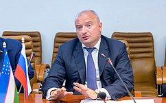 Российские парламентарии готовы укреплять сотрудничество сколлегами изУзбекистана— А.Клишас