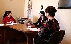 Л. Талабаева обсудила наприеме граждан вопросы предоставления жилья, охраны здоровья, школьного образования