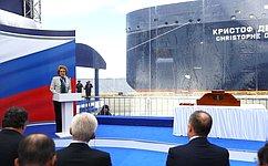 Председатель Совета Федерации приняла участие вцеремонии имянаречения арктического танкера-газовоза «Кристоф де Маржери»