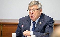 В. Рязанский: Необходимо постепенно решить проблему перевода орфанных заболеваний нафедеральное финансирование
