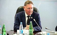 Входе работы вКурской области А.Михайлов посетил город Железногорск иЗолотухинский район