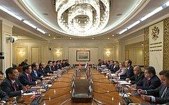 ВРоссии выступают задальнейшее развитие ирасширение всеобъемлющих отношений сВьетнамом— В.Матвиенко