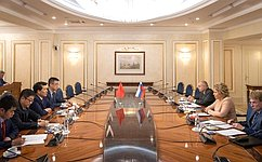 Совет Федерации иВсекитайское собрание народных представителей играют важную роль вразвитии отношений России иКитая— В.Матвиенко