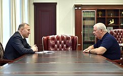 Состоялась встреча главы Республики Адыгея М. Кумпилова ссенатором РФ О. Селезневым