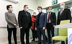 Т. Кусайко посетила новую амбулаторию впосёлке Сафоново Мурманской области