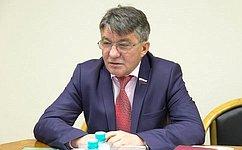 В. Озеров: Сотрудничество регионов российского Дальнего Востока состранами АТР обсуждается наВосточном экономическом форуме
