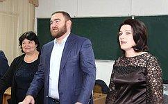 Р.Арашуков принял участие вЕдином уроке всредней школе а. Хабез