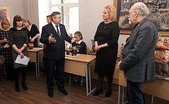 Л.Гумерова передала художественной школе Стерлитамака новое оборудование для обжига керамических изделий