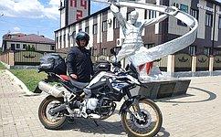 Э. Исаков: Путешествие намотоцикле поСеверному Кавказу является перспективным направлением развития туризма