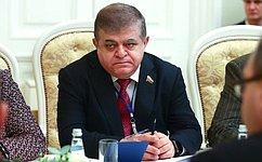 В.Джабаров: Долг политиков– защищать доброе имя живых ипавших героев, жертв нацистов