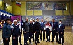 Э. Исаков встретился сколлективами двух крупных бюджетных спортивных учреждений Югры, чтобы пообщаться лично