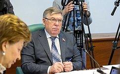 ВКомитете СФ посоциальной политике обсудили вопросы здравоохранения вМурманской области