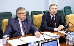 ВКомитете СФ посоциальной политике состоялось расширенное заседание сучастием руководителя Роспотребнадзора